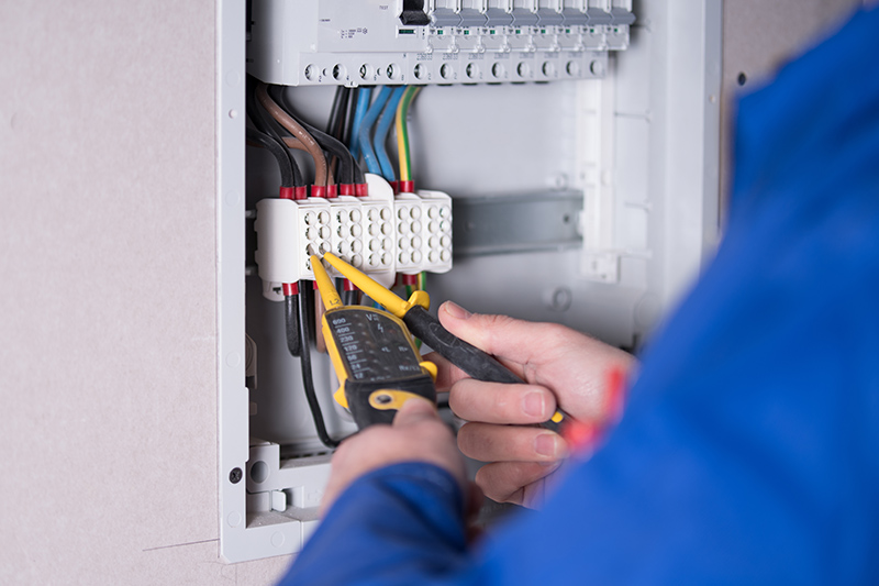 Emergency Electrician in Cheltenham Gloucestershire